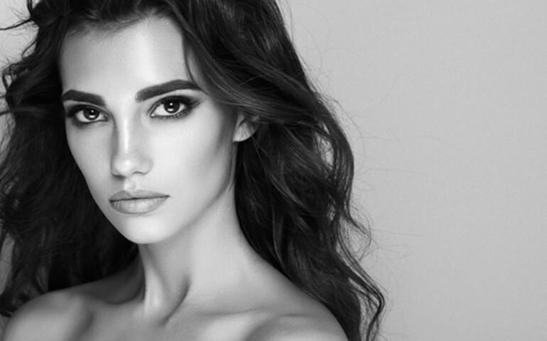 Les avantages et inconvénients du maquillage permanent